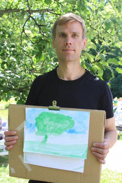 Kesäinen puu (Ilari Piensoho)